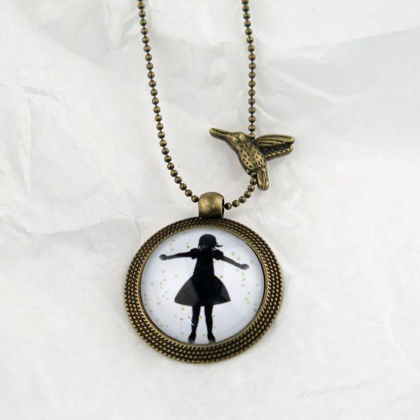 Medaillon-Halskette Mädchen mit Sternen