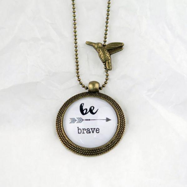 Medaillon-Halskette Be Brave