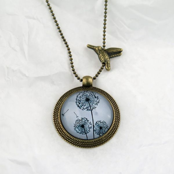 Medaillon-Halskette 3 Löwenzahn schwarz/grau