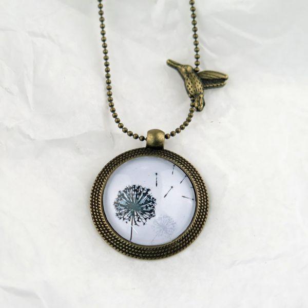 Medaillon-Halskette 2 Löwenzahn schwarz/weiss
